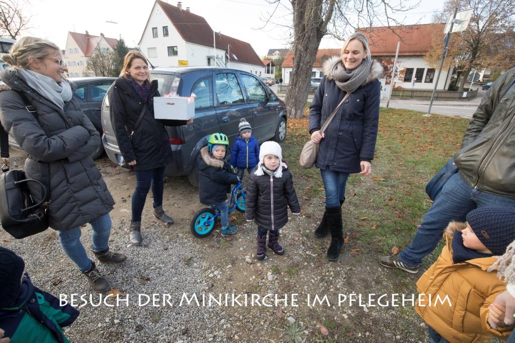 Kinder- und Minikirche besucht Senioren