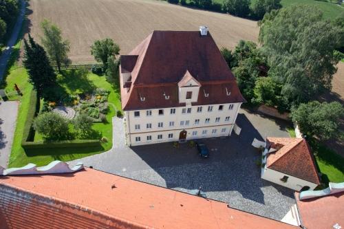 Biberbach außen 94